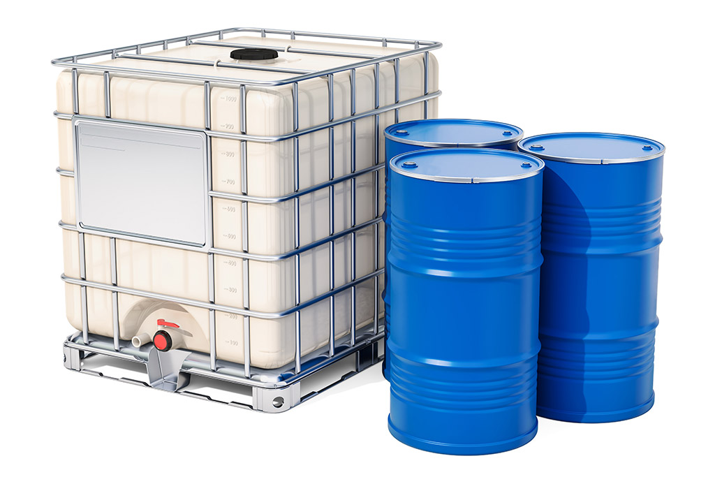 Bulk container with metallic barrels